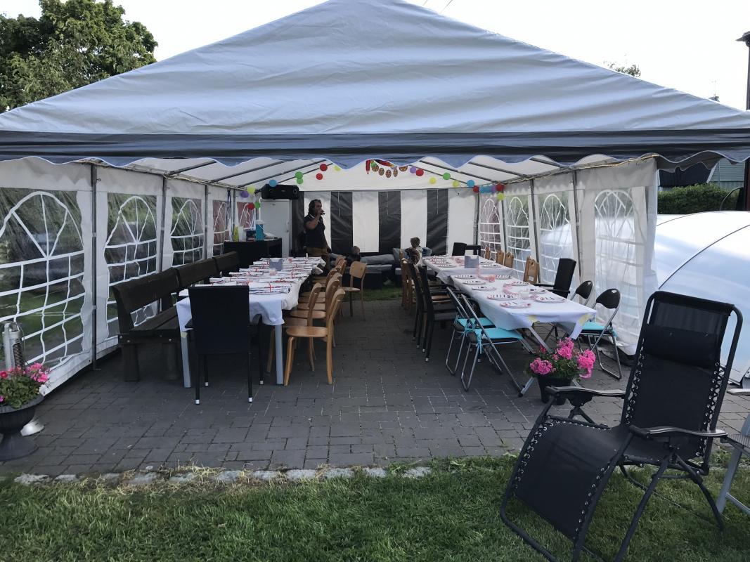 Populära Hyr fest- och bröllopsartikel Stort partytält 10x5 meter i RT-11