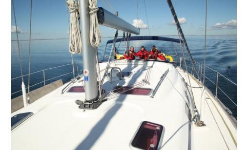 Sail a fantastic a 46 charter yacht with skipper