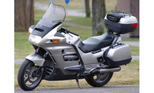 Silver Honda Pan European ST1100